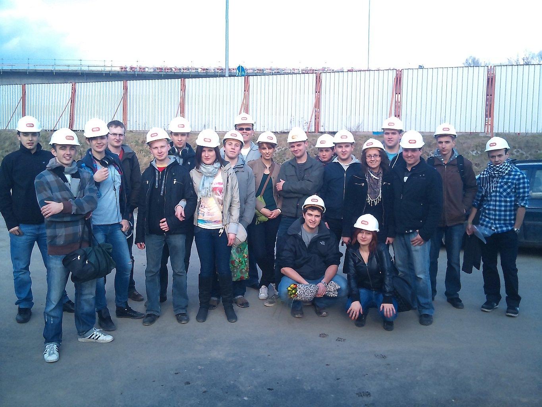 Grupowe zdjęcie przy Węźle Okęcie